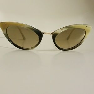 *NEW/ no tags Tom Ford Cat Eye Sunglasses